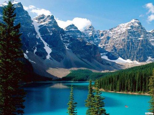 бассейн как горное озеро