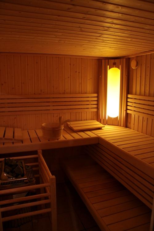 Внутри финской сауны