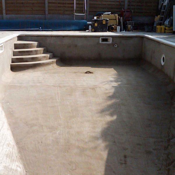 Строительство бетонного бассейна скиммерного типа