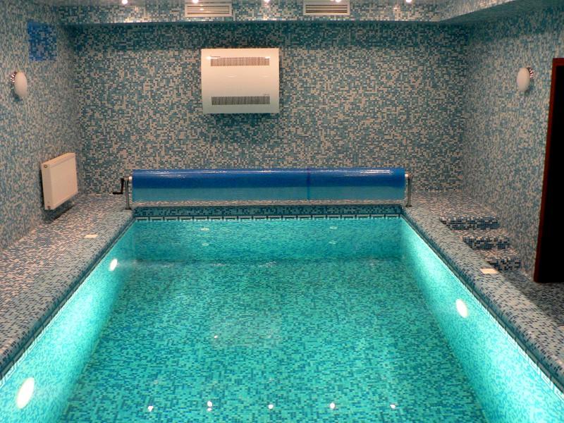настенный осушитель воздуха для бассейна