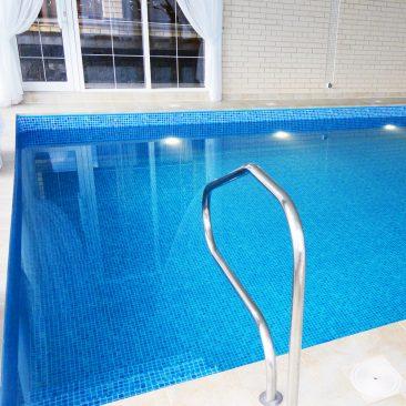 Бетонный бассейн был построен в 2014 году в Царицыно